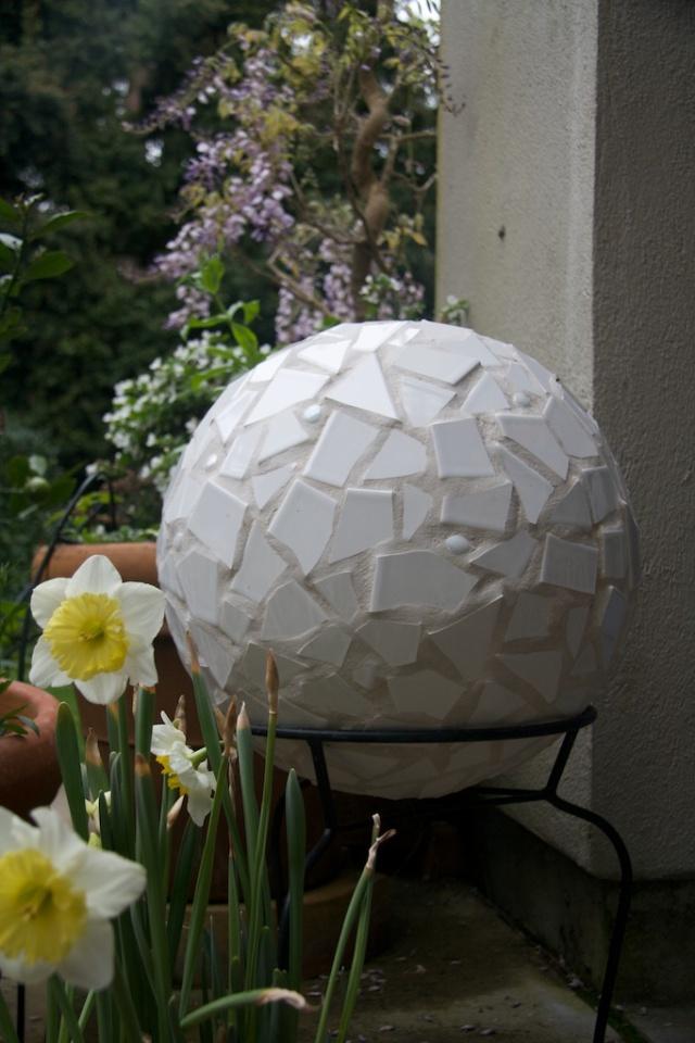 Mosaic tile ball
