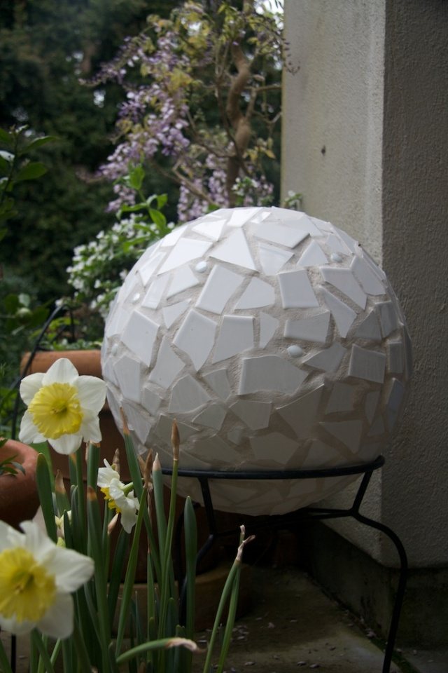 Mosaic tile ball