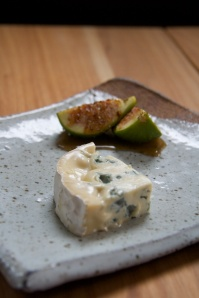 Piccino Cheese with honey and figs