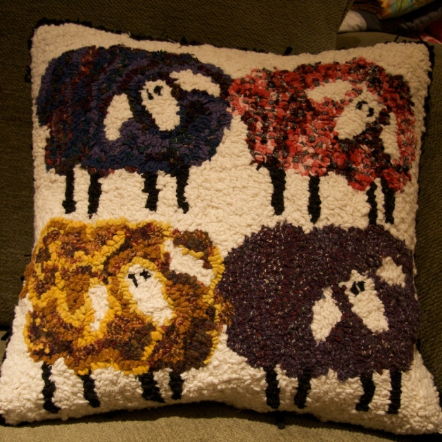 rug hooking, sheep