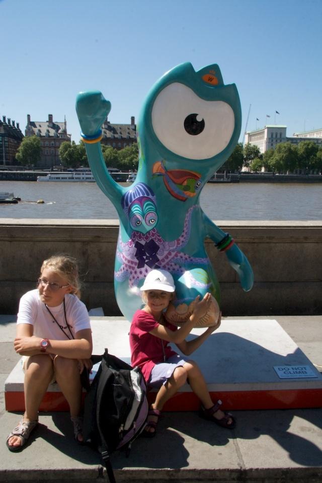 London Olympics Aquarium Wenlock