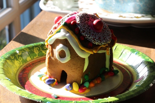 piecedgoods Gingerbread House